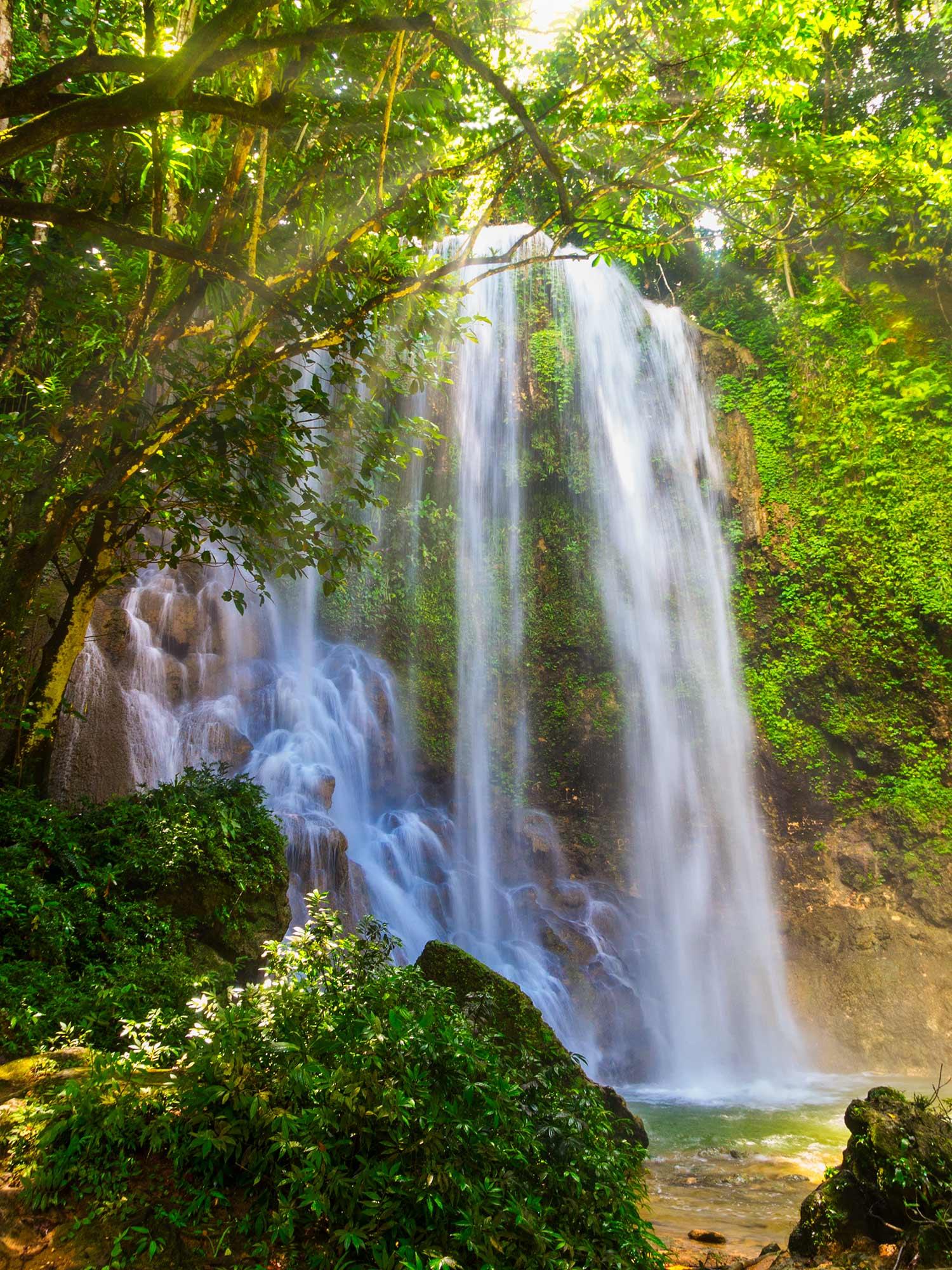 Les chutes de Kawasan - Bohol, Philippines